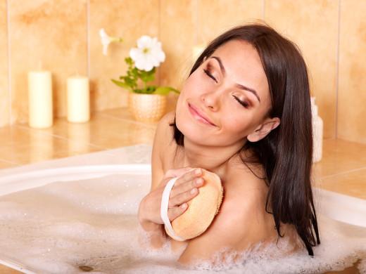 Массаж кожи в ванной
